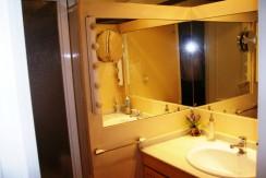J- Baño habitacion 1