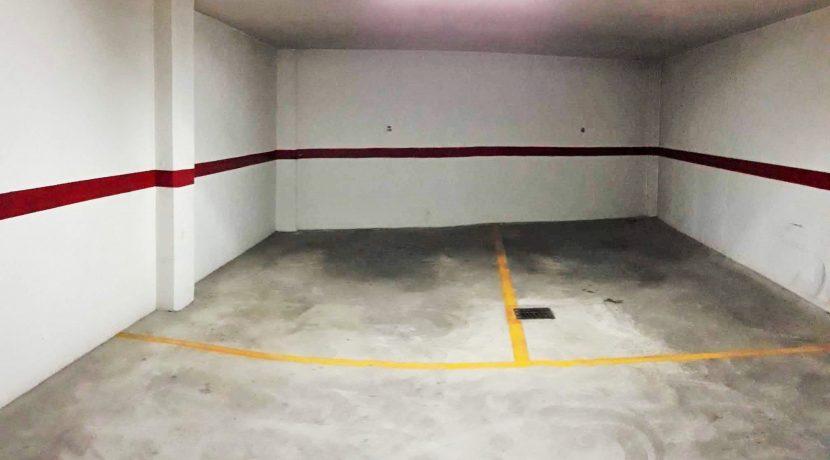 plaza garaje IZDA